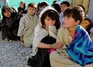 children_afghanistan_afghani_girl_boy_poverty_2010-1141148