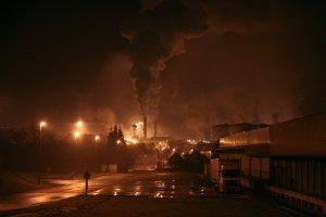 france_night_factory_fabrik_pollution_nuit_industrie_usine-330559